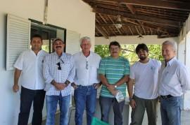 Pierre Landolt com representantes da Emepa e da Fazenda Tamandua 270x179 - Emepa apoia melhoria da produção de carne de cordeiro orgânica