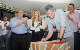 URBANIZAÇÃO DE BODOCONGÓ ORDEM DE SERVIÇO 4 270x168 - Governo inicia construção do Parque de Bodocongó em Campina Grande