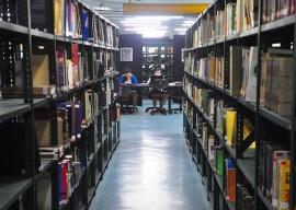 biblioteca publica da funesc foto roberto guedes 39 JORNAL 270x192 - Governo promove capacitação para profissionais de bibliotecas em Solânea