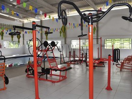 equipamentos de musculacao do centro convivencia idoso fot walter rafael 11 270x202 - Governo entrega piscina e academia a Centro de Convivência do Idoso