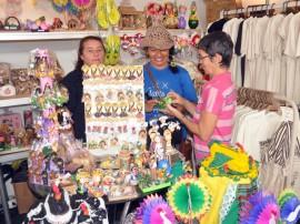 salao de artesanato em cg foto claudio goes 51 270x202 - Salão de Artesanato movimenta mais de R$ 150 mil em quatro dias de vendas