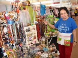 salaoartesanato 270x202 - Turistas aumentam vendas no Salão do Artesanato em Campina Grande