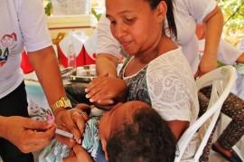 FJ VACINACAO FOTO Ricardo Puppe 23 270x179 - Campanha de vacinação contra pólio e sarampo é aberta na Paraíba