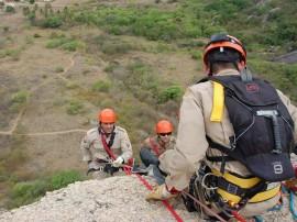 bombeiros fazem treinamento de salvamento em altura 21 270x202 - Bombeiros fazem treinamento de salvamento em altura na 'Pedra da Boca'