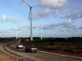 estrada barra de camaratuba 0002 270x202 - Governo incentiva turismo e pavimenta acesso à Barra de Camaratuba