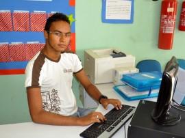 see aluno da rede estadual finalista da olimpiada de lingua portuguesa 4 270x202 - Aluno da rede estadual é finalista da Olimpíada de Língua Portuguesa