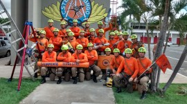 12.12.14 bombeiros curso especializacao em salvamento terres1 3 270x151 - Bombeiros participam de Curso de Especialização em Salvamento Terrestre