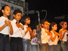 15.12.14 prima fotos roberto guedes 270x202 - Prima realiza concerto nesta terça-feira no Espaço Cultural com 400 crianças
