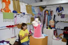 23.12.14 salao artesanato walter rafael 33 270x178 - Crochê inova e é recorde de vendas no Salão de Artesanato da Paraíba