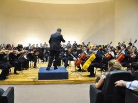 28.08.14 funesc orquestra sinfonica fotos walter rafael 34 270x202 - Orquestra apresenta 'Missa Nordestina' com participação do Coro Sinfônico