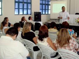 ESPEP ITINERANTE REUNIÃO EM SOUSA 270x202 - Governo da Paraíba qualifica mais de 7 mil servidores em 2014