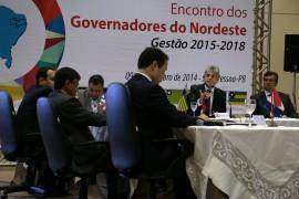 Encontro Governadores NE FOTO FRANCISCO FRANÇA SECOM PB 0016 270x180 - Ricardo defende agenda positiva e financiamento para obras estruturantes no Nordeste