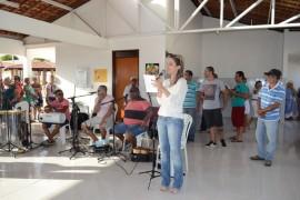 Fotos de Idosos Fotos CláudiaBelmont 22.12.14 13 270x180 - Grupos de idosos participam de confraternização no Cidade Madura
