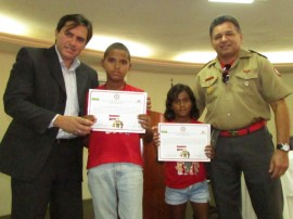 bombeiro mirim 4 270x202 - Projeto Bombeiro Mirim encerra 2014 com formação de 95 crianças