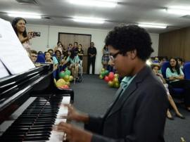funesc termino da oficina de musica para criancas especiais foto walter rafael 23 270x202 - Escola Especial de Música Juarez encerra o ano com apresentação de alunos e anuncia matrículas para 2015