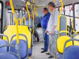 ricardo CABEDELO ENTREGA DE ÔNIBUS foto jose marques 1 270x202 - Ricardo participa da solenidade de entrega de ônibus novos em Cabedelo