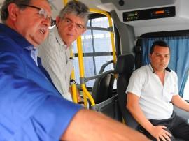 ricardo CABEDELO ENTREGA DE ÔNIBUS foto jose marques 2 270x202 - Ricardo participa da solenidade de entrega de ônibus novos em Cabedelo