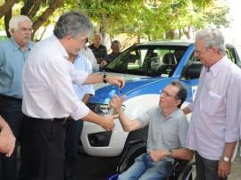 ricardo ENTREGA DE VEICULOS DER foto jose marques 52 270x202 - Ricardo entrega veículos ao DER para melhorar fiscalização das estradas estaduais