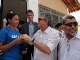 ricardo entrega de casas patos foto francisco francaPG 4 270x202 - Ricardo entrega casas em Patos e beneficia mais de 400 pessoas
