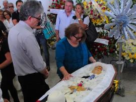 ricardo velorio de luciano agra foto jose marques 31 270x202 - Ricardo lamenta morte do ex-prefeito Luciano Agra