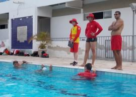 07.01.15 bombeiros treinamento aquatico 3 270x194 - Bombeiros participam de treinamento aquático em Campina Grande