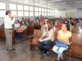 13 01 2014 Capacitacao merenda escolar sergio cavalcanti SEE ascom 3 270x202 - Gestores de escolas estaduais participam de capacitação