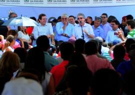 SOUSA ENTREGA DE CASAS foto jose marques 4 270x191 - Ricardo entrega casas beneficiando mais de 600 pessoas na cidade de Sousa