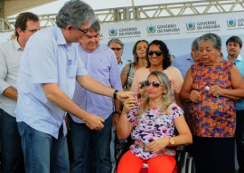 SOUSA ENTREGA DE CASAS foto jose marques 7 270x191 - Ricardo entrega casas beneficiando mais de 600 pessoas na cidade de Sousa