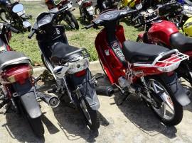 """detran comeca o emplacamento das motos ciquentinhas foto antonio david 32 270x202 - Emplacamento de """"cinquentinhas"""" começa a ser fiscalizado em abril"""
