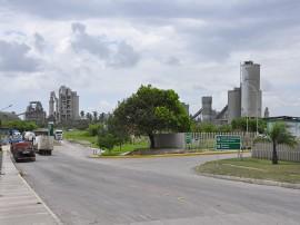 polo cimenteiro fotos antonio david Fabrica de cimento LafargeCaapora 1 270x202 - Empresas vão gerar mais de 3 mil empregos diretos na Paraíba