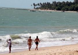 praias foto francisco frança 2 270x191 - Sudema classifica 50 praias do litoral paraibano como próprias ao banho