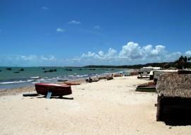praias foto francisco frança 5 270x191 - Sudema classifica 50 praias do litoral paraibano como próprias ao banho