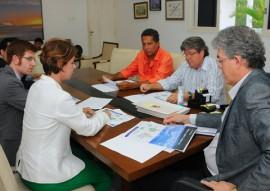 ricardo reuniao com empresarios foto jose marques 11 270x191 - Governador discute implantação de parque eólico nos municípios do Vale do Sabugi