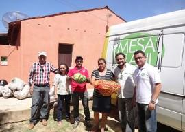 11.02.15 agricultores nazarezinho comecam venda deprodutosa 2 270x192 - Agricultores de Nazarezinho começam vender produtos ao Programa de Aquisição de Alimentos
