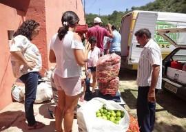 11.02.15 agricultores nazarezinho comecam venda deprodutosa 4 270x192 - Agricultores de Nazarezinho começam vender produtos ao Programa de Aquisição de Alimentos