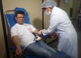 Doador medula ossea 2 270x192 - Professor fará doação de medula óssea