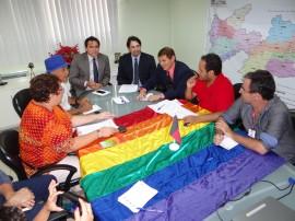 LGBT e Jean Nunes reunião 03.02.2015 2 270x202 - Segurança e representantes de entidades LGBT discutem novas formas de tratamento nas delegacias