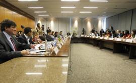 NA 7976 270x165 - Governo do Estado participa de reunião com a ministra Tereza Campello em Brasília