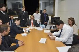 juiz e promotor assinam foto walter rafael 270x178 - Governo do Estado vai nomear concursados da Polícia Civil