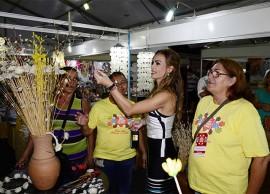 pamela visita salao de artesanato foto walter rafael 5 270x194 - Pâmela visita Salão de Artesanato e comemora com artesãos mais de R$ 1 milhão em vendas