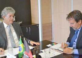 ricardo em brasilia com ministro da integracao gilberto occhi 2 270x191 - Ricardo cobra retorno urgente dos carros-pipas e recursos para obras hídricas ao ministro da Integração