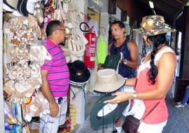 turistas em joao pessoa fotos walter rafael 1 270x191 - Destino Paraíba recebe cerca de 200 mil turistas em janeiro, revela pesquisa da PBTur