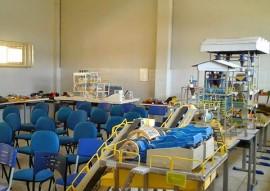 LABORATÓRIO DE MINERAÇÃO 270x191 - Alunos do curso técnico de mineração equipam laboratórios em Santa Luzia