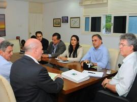 REUNIÃO EMPRESARIOS 3 270x202 - Ricardo discute com executivos norte-americanos implantação de estaleiro em Lucena