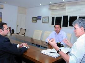 REUNIÃO FNDE 1 270x202 - Governo firma parceria com MEC para auxiliar gestores da educação na captação de recursos