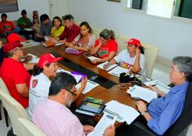 Ricardo reuniao com mst foto jose marques 1 270x191 - Ricardo recebe MST e acerta parcerias para construção de barragens subterrâneas e cisternas