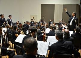 concerto ospb fotos roberto guedes6 270x194 - Ricardo prestigia abertura da temporada 2015 da Orquestra Sinfônica da Paraíba