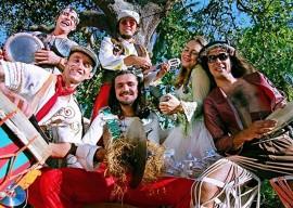 dona zefinha 270x192 - Apresentações culturais marcam Dia Mundial do Teatro e Nacional do Circo na Paraíba