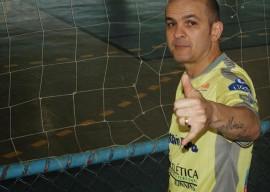 fininho01 270x192 - Ex-jogador Fininho participa de amistoso na reinauguração do Ronaldão