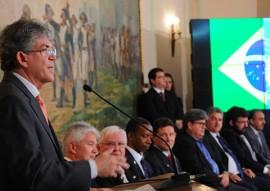 ricardo REUNIAO ONU foto jose marques 1 270x191 - Ricardo assina protocolo e João Pessoa será a capital mundial da internet em novembro
